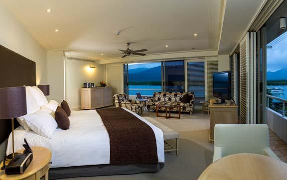 reef-casin-and-hotel-cairns-junior-suite