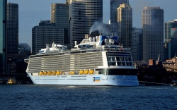 Ovation of the Seas in Sydney. (Photo: Clyde Dickens)