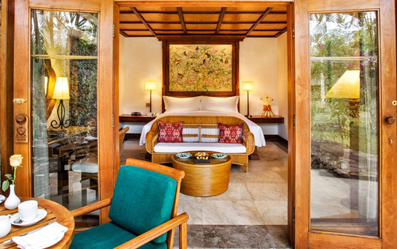 View of a villa and its interior at the Oberoi Resort ad Spa Seminyak, Bali