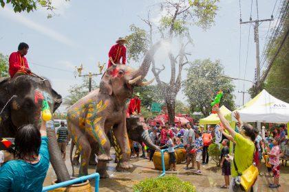 Songkran_12_-_Ayutthaya