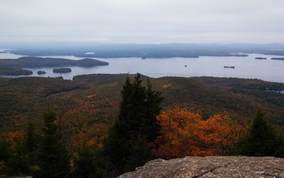 The beginnings of fall and the top of Mount Major in New Hampshire