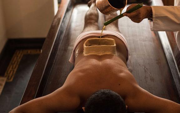 kalrai-rasayana-health-resort-india-massage